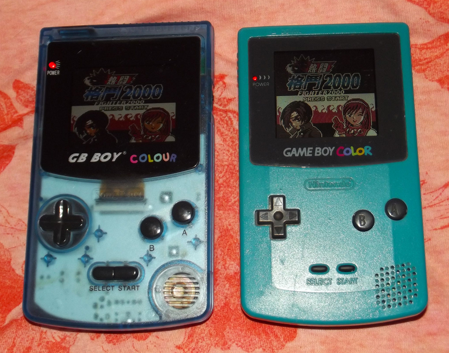Gameboy color palettes - Here It Is Next To A Real Gbc The Camera Flash Makes Both Screens Look Pretty Much The Same Which Really Really Doesn T Do The Gbbc Justice